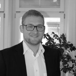 Fabian Rauschenbach - Valion AG